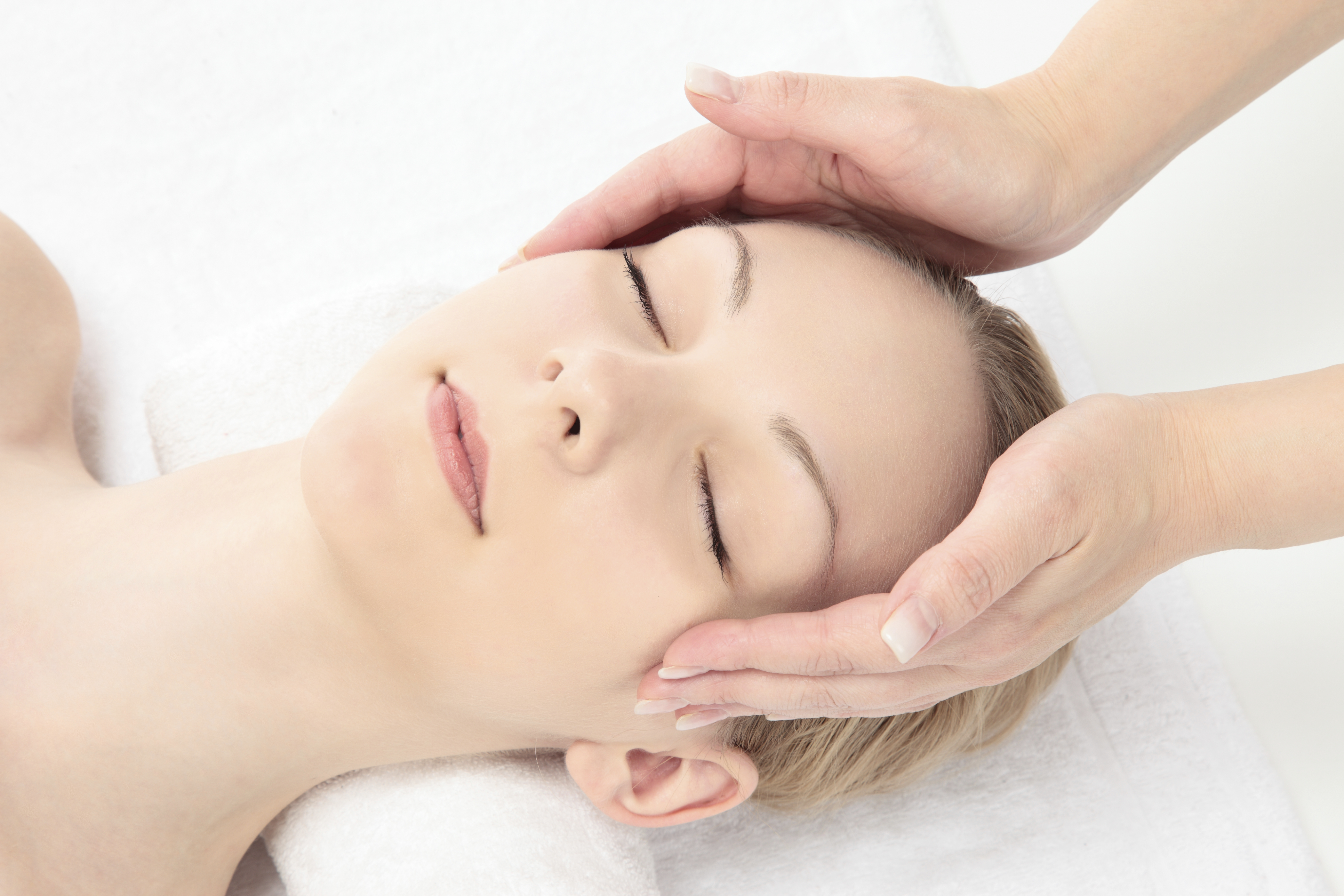 Facial Massage at Therapy Station